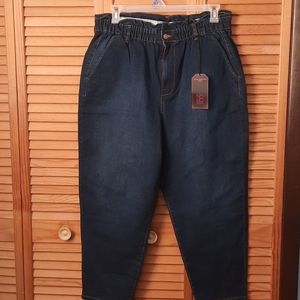 No Boundries  Mom Jeans 2 XL Size 19
